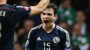 andy-robertson-scotland-celebrating_3230266