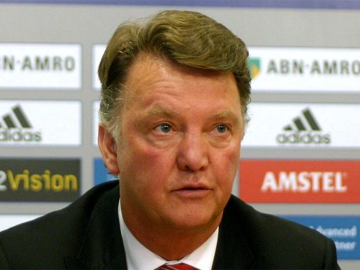 Louis van Gaal Berharap Giggs Akan Menggantikan dia