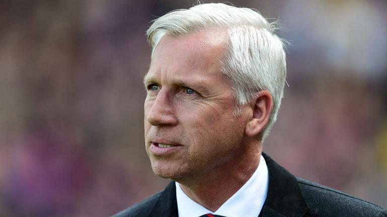 Agen Sbobet - Alan Pardew berharap keuntungan Crystal Palace dari pertandingan Tottenham